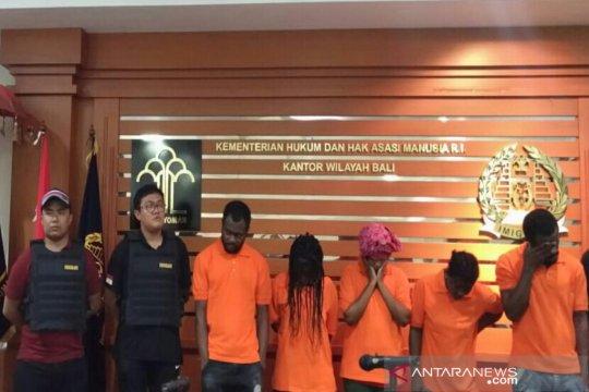 Imigrasi Bali tahan lima WNA langgar izin tinggal