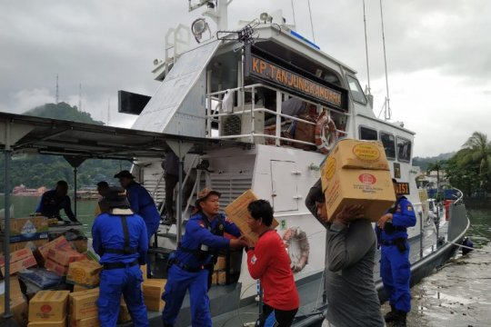 Ditpolair Polda Papua kerahkan kapal patroli angkut bantuan