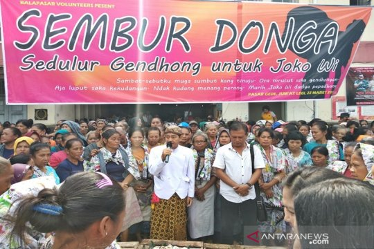 Buruh gendong Solo doa bersama untuk Jokowi
