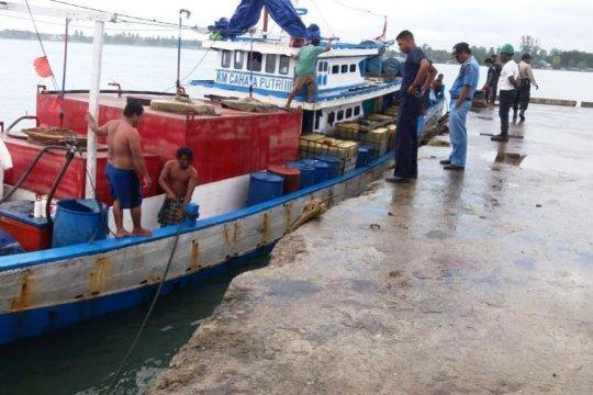 Akibat banjir di Sentani, Pertamina kirim BBM lewat laut