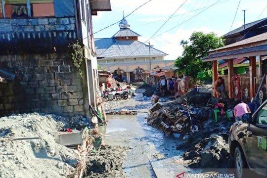 Warga Sentani butuhkan MCK, air bersih dan listrik