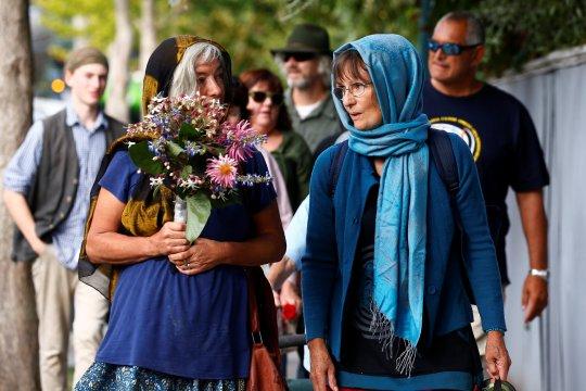 Ribuan orang di Selandia Baru berkumpul mengenang korban Christchurch