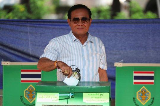 "Pemantau: Kampanye pemilihan Thailand  ""sangat condong"" ke Junta"