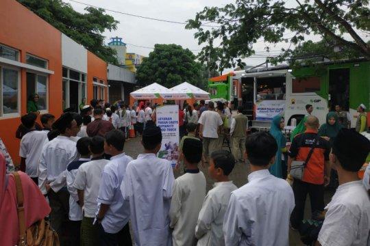 """""""Humanity Food Truck"""" bagikan 1.000 paket makanan gratis di Semarang"""