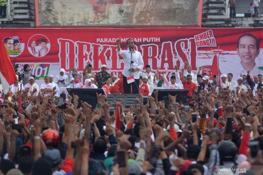 Ribuan pendukung Jokowi-Ma'ruf padati Stadion JSG Jember