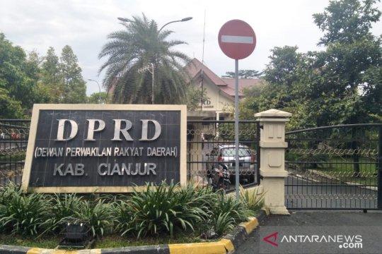 Pemangkasan DAK memberatkan penataan pendidikan di Cianjur