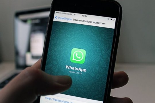 "WhatssApp, Facebook dan Instagram ""down"" Minggu sore"