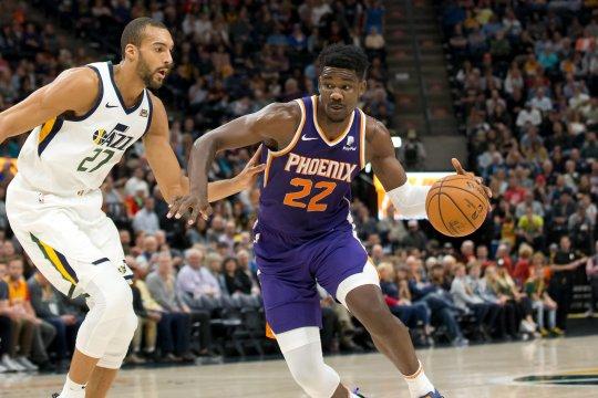 NBA: Utah Jazz  VS Phoenix Suns