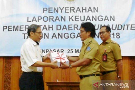 Sejumlah bupati di Bali serahkan LKPD 2018 ke BPK