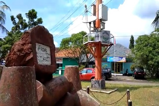 "Kemarin, persiapan ""Denfest 2020"" hingga sirine tsunami di Banten"
