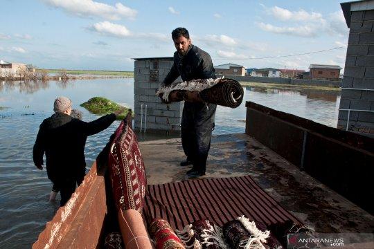 Menlu Iran desak AS pikul terorisme ekonomi