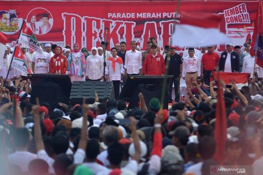 Jokowi minta warga Jember perangi hoaks