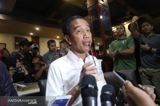Jokowi tak soal tangan luka karena antusiasme warga