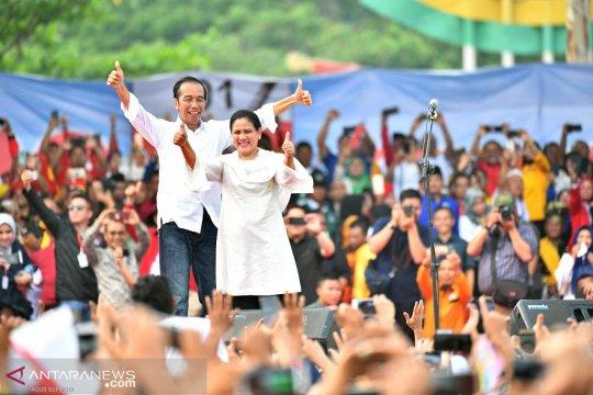 """Jokowi: tiga """"kartu sakti"""" mulai diluncurkan pada 2020"""
