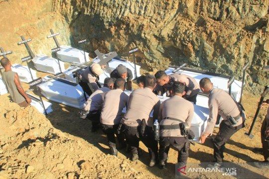 20 jenazah korban banjir Sentani dimakamkan secara massal