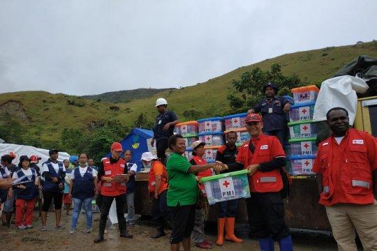 PMI distribusikan bantuan kebutuhan dasar korban banjir Sentani