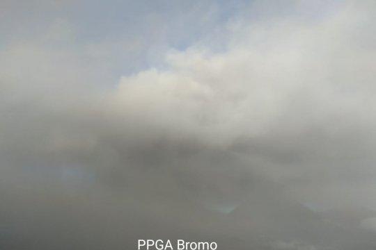 Hujan abu vulkanik Gunung Bromo kembali guyur Lumajang-Jatim