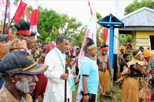 Ketua panitia Muslim sukseskan peresmian gereja Katolik di Mimika