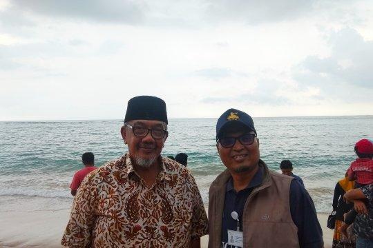 Mantan Menpar-RB apresiasi pelepasliaran tukik di Aceh