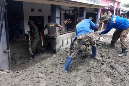 LMR RI bantu bersihkan lingkungan terdampak banjir Jayapura