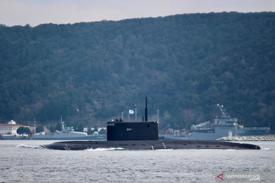 14 pelaut Rusia tewas dalam kebakaran kapal selam
