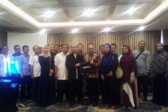 Travel umrah laporkan monopoli tiket Garuda kepada KPPU