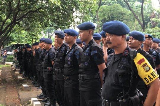 Personel gabungan TNI-Polri gelar apel pengamanan Debat Capres
