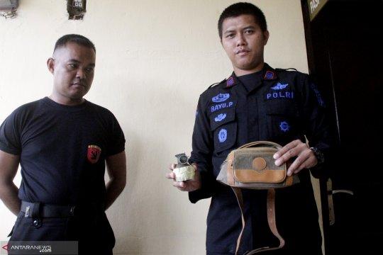 Tim Gegana Brimob Polda NTT amankan satu unit granat aktif