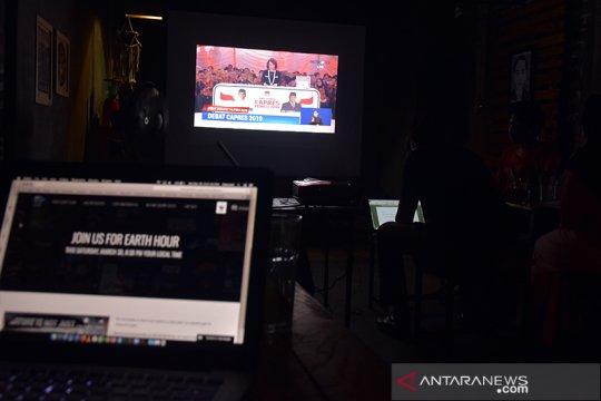 Bandara Pekanbaru dan kedai kopi ikut matikan lampu untuk Earth Hour
