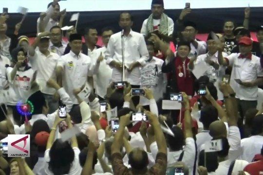 Jokowi ajak warga datang ke TPS kenakan baju putih
