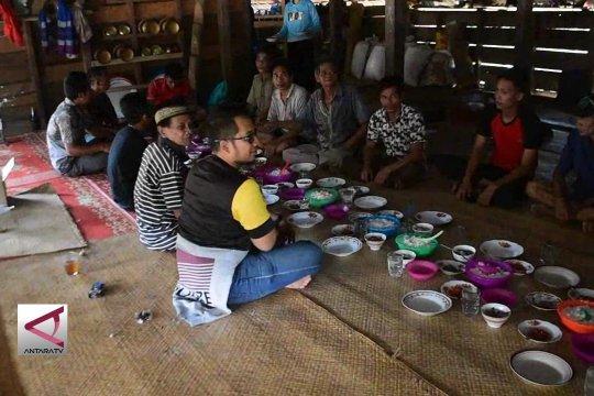 Mendengarkan secuil harapan suku Talang Mamak