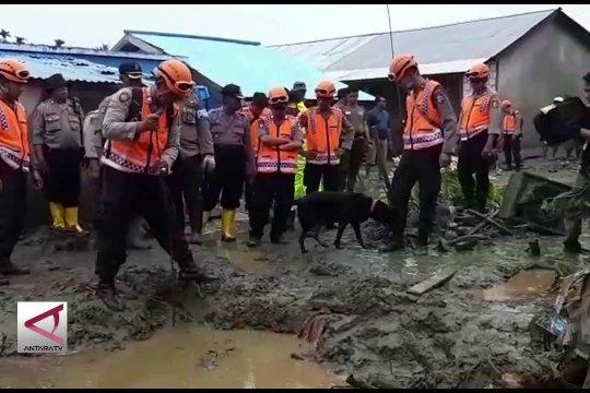 Polda Papua kerahkan 15 anjing pelacak cari korban banjir