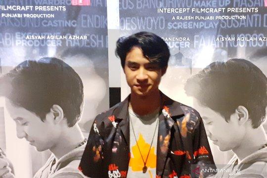 Devano sebut filmnya berbeda dengan Dilan