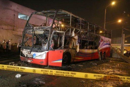Kebakaran bus penumpang tewaskan 20 orang di Peru