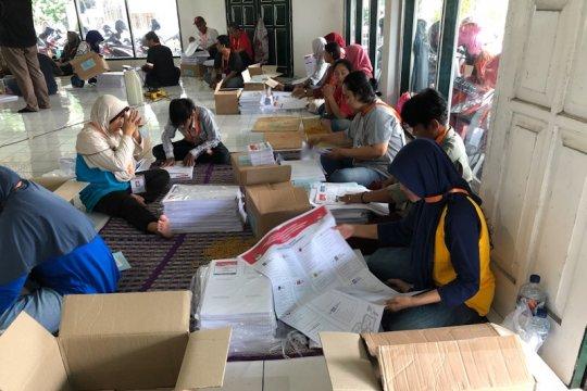 KPU Yogyakarta tuntaskan sortir dan lipat surat suara