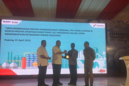 Gubernur NTT letakan batu pertama pembangunan terminal LPG Kupang