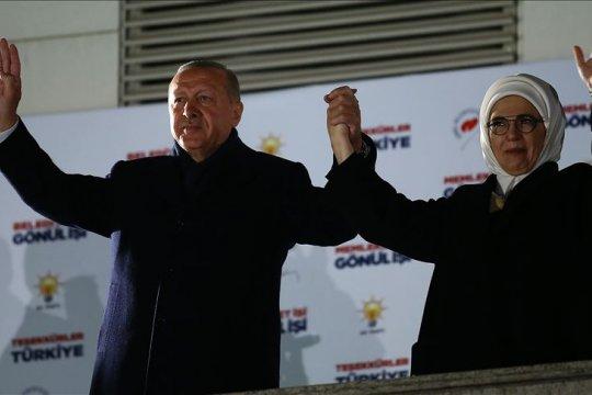 Calon AKP Turki: Oposisi memimpin penghitungan suara di Istanbul
