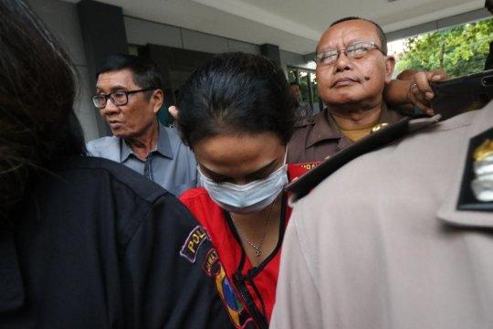Artis Vanessa Angel jadi saksi di PN Surabaya