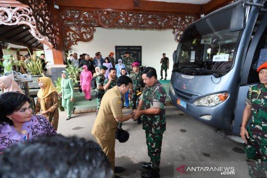 Panglima TNI minta dukungan dan doa ulama Madura