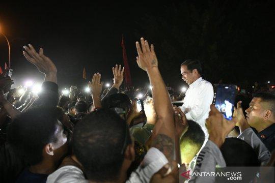 Masyarakat Sorong sambut kedatangan Jokowi