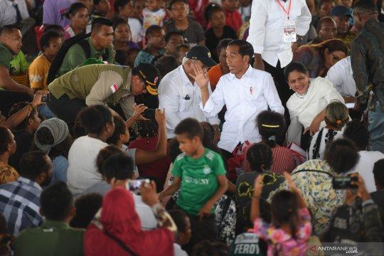 Presiden Jokowi kunjungi pengungsi banjir bandang Sentani