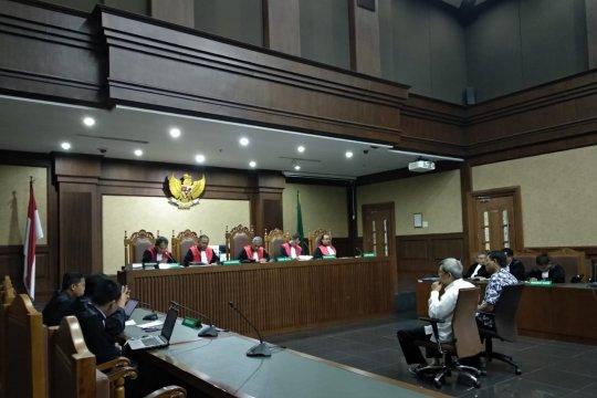 Dua anggota DPRD Sumatera Utara divonis empat tahun penjara