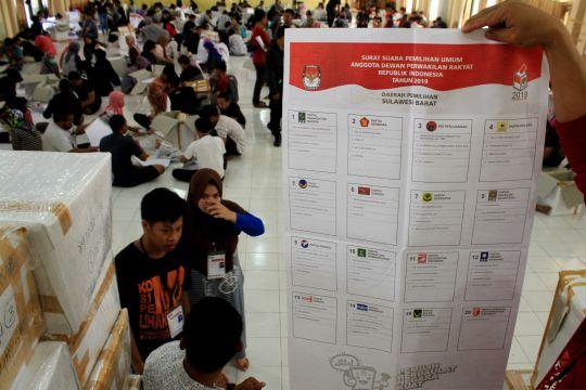 Pelipatan surat suara KPU Mamuju