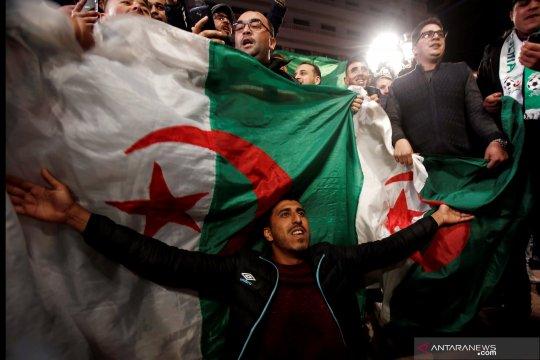 Parlemen Aljazair tunjuk Abdelkader Bensalah presiden sementara