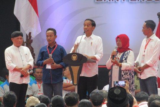 """Jokowi dan pelawak Kirun """"kolaborasi"""" jawab keluhan"""