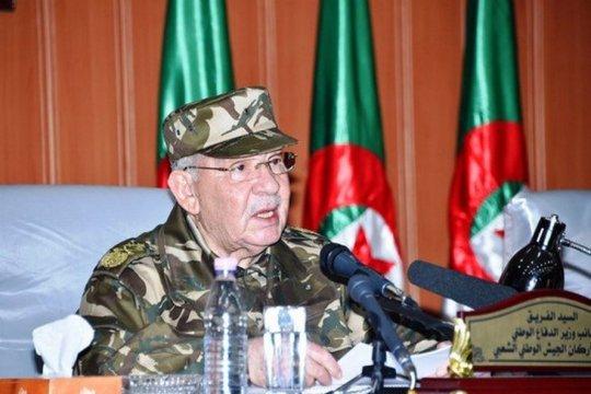 Wakil Menhan Aljazair serukan penerapan segera Pasal 7,8 dan 102 UUD