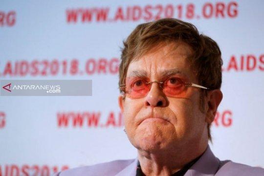 """Elton John sebut remake """"The Lion King"""" sebuah kekecewaan besar"""