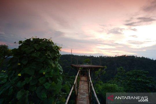 Menengok Bukit Bintang ala Lombok