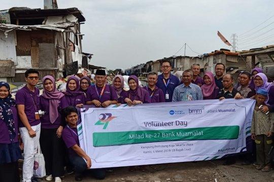 Rayakan milad ke27, Bank Muamalat gandeng Human Initiative hadirkan edukasi literasi keuangan di Kampung Pemulung