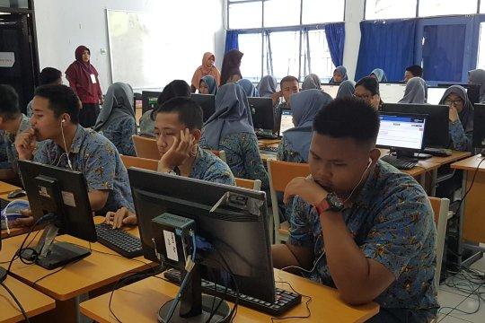 Sekolah penyelenggara UNBK di Makassar gelar ronda malam